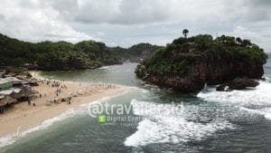 Drini Island and Beach, Gunung Kidul, Jogja, Indonesia