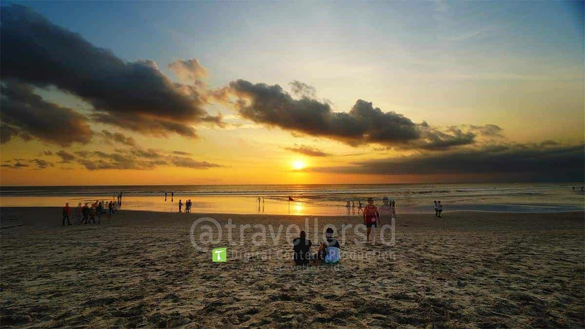 Kuta-Beach-Sunset-Bali-1.jpg