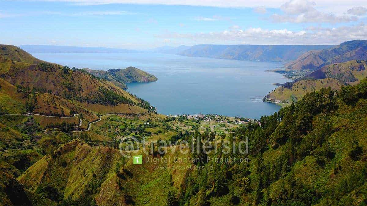 Lake-Toba-Landscape-Tongging-Karo-North-Sumatera-1.jpg