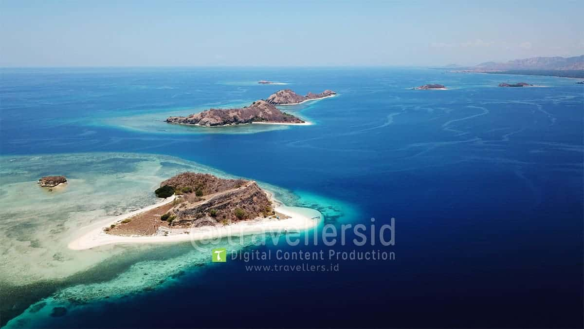 Riung-17-Islands-Ngada-Flores-1.jpg