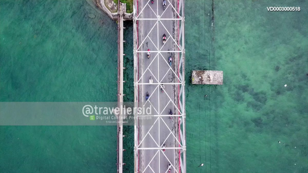 Tual and Langgur City Bridge, Kei Kecil, Southeast Maluku, Maluku, Indonesia